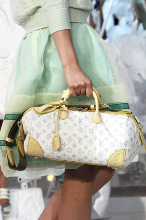 Женские сумки Louis Vuitton, весенне-летняя коллекция 2012